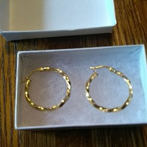 18K Yellow Italian Gold Hoop Earrings